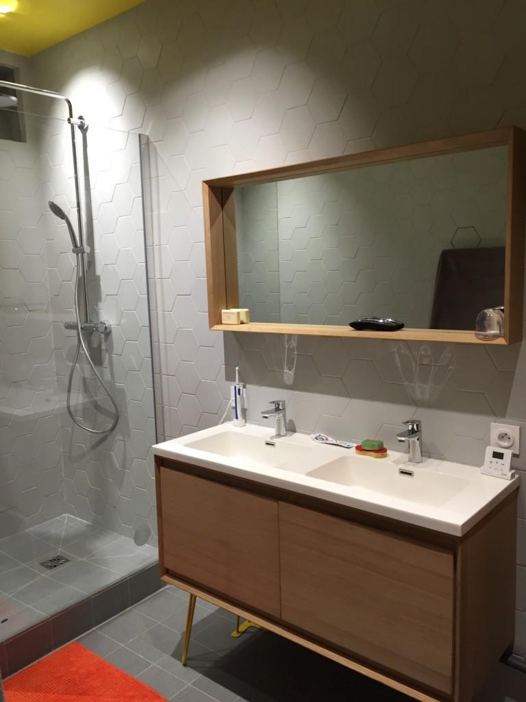 salle de bain 2 apres Coralie aubert décorateur d'intérieur marseille