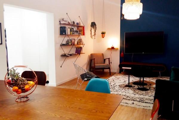 bibliothque la chance cadres noirs Salon salle à manger scandinave ethnique meubles années 50 bouc bel air décoration d'intérieur Marseille Coralie Aubert